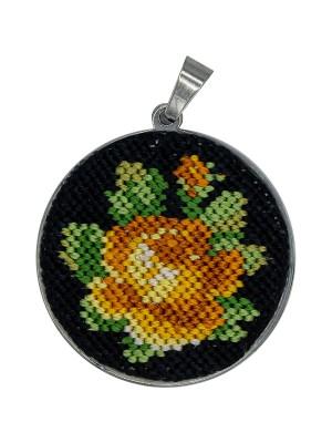 Handmade round pendant, lucky rose Gobelin