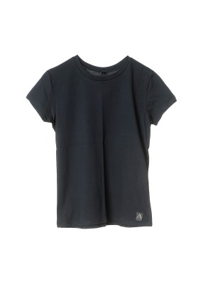 T-shirt with semi-round collar